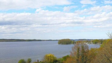 Herrlicher Blick über den großen Plöner See (128316741)