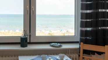 Herrlicher Blick auf die Ostsee & den Strand vor der Tür